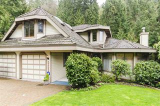 Photo 1: 5329 WESTHAVEN Wynd in West Vancouver: Eagle Harbour House for sale : MLS®# R2441931