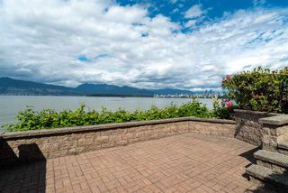 "Photo 18: 3175 POINT GREY Road in Vancouver: Kitsilano House 1/2 Duplex for sale in ""THE GOLDEN MILE - POINT GREY ROAD"" (Vancouver West)  : MLS®# R2458598"