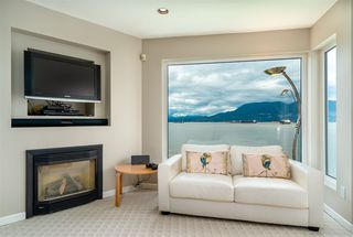"Photo 30: 3175 POINT GREY Road in Vancouver: Kitsilano House 1/2 Duplex for sale in ""THE GOLDEN MILE - POINT GREY ROAD"" (Vancouver West)  : MLS®# R2458598"
