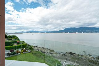 "Photo 36: 3175 POINT GREY Road in Vancouver: Kitsilano House 1/2 Duplex for sale in ""THE GOLDEN MILE - POINT GREY ROAD"" (Vancouver West)  : MLS®# R2458598"
