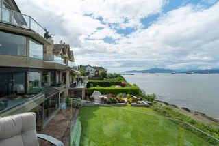 "Photo 17: 3175 POINT GREY Road in Vancouver: Kitsilano House 1/2 Duplex for sale in ""THE GOLDEN MILE - POINT GREY ROAD"" (Vancouver West)  : MLS®# R2458598"
