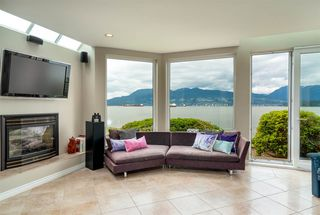 "Photo 32: 3175 POINT GREY Road in Vancouver: Kitsilano House 1/2 Duplex for sale in ""THE GOLDEN MILE - POINT GREY ROAD"" (Vancouver West)  : MLS®# R2458598"