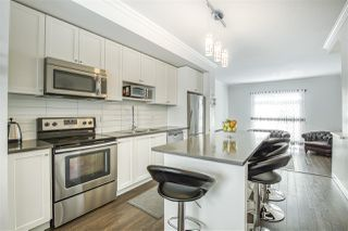 Photo 12: 155 15230 GUILDFORD DRIVE in Surrey: Guildford Townhouse for sale (North Surrey)  : MLS®# R2462663