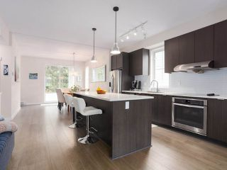 """Photo 5: 110 5550 ADMIRAL Way in Ladner: Neilsen Grove Townhouse for sale in """"FAIRWYNDS AT HAMPTON COVE"""" : MLS®# R2466448"""