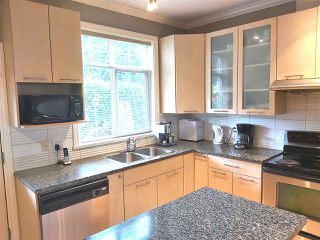 Photo 3: 9 2039 CLARKE Street in Port Moody: Port Moody Centre Townhouse for sale : MLS®# R2471742