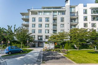 "Photo 1: 112 5958 IONA Drive in Vancouver: University VW Townhouse for sale in ""ARGYLL HOUSE EAST"" (Vancouver West)  : MLS®# R2388432"
