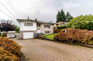 Photo 1: 1205 EASTVIEW Road in North Vancouver: Westlynn House for sale : MLS®# R2409324
