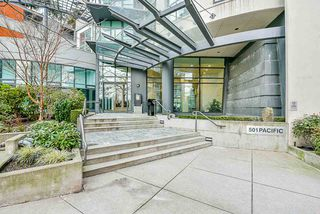"Photo 18: 2505 501 PACIFIC Street in Vancouver: Downtown VW Condo for sale in ""THE 501"" (Vancouver West)  : MLS®# R2436653"