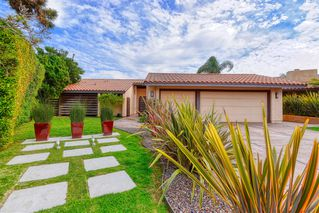 Photo 2: SAN DIEGO House for sale : 4 bedrooms : 1677 Calle Alta in La Jolla