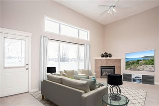 Photo 6: 66 Crystal Shores Cove: Okotoks Row/Townhouse for sale : MLS®# C4305435