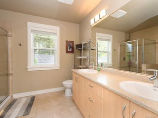 Photo 11: 15 Haagensen Crt in View Royal: VR Six Mile Single Family Detached for sale : MLS®# 839376