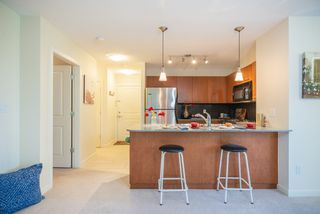"""Photo 15: 306 4333 CENTRAL Boulevard in Burnaby: Metrotown Condo for sale in """"PRESIDIA"""" (Burnaby South)  : MLS®# R2480001"""