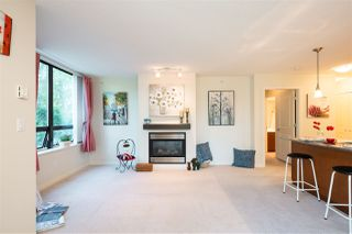 """Photo 11: 306 4333 CENTRAL Boulevard in Burnaby: Metrotown Condo for sale in """"PRESIDIA"""" (Burnaby South)  : MLS®# R2480001"""