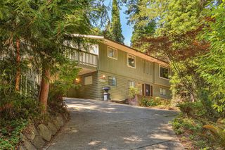 Photo 2: 10890 Fernie Wynd Rd in : NS Curteis Point House for sale (North Saanich)  : MLS®# 851607