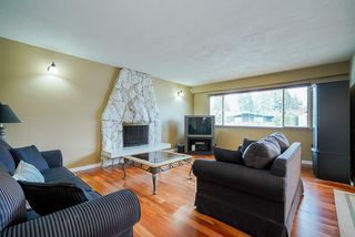 Photo 4: 7122 PAULUS Court in Burnaby: Montecito House for sale (Burnaby North)  : MLS®# R2498187