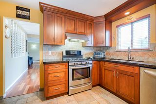 Photo 9: 7122 PAULUS Court in Burnaby: Montecito House for sale (Burnaby North)  : MLS®# R2498187