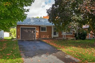 Photo 1: 128 Centre Street: Shelburne House (Bungalow) for sale : MLS®# X4951099