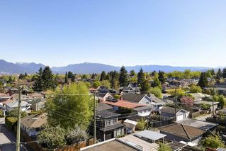"""Photo 17: PH2 4838 FRASER Street in Vancouver: Fraser VE Condo for sale in """"Fraserview Court"""" (Vancouver East)  : MLS®# R2389045"""