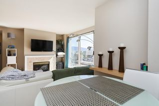 """Photo 7: PH2 4838 FRASER Street in Vancouver: Fraser VE Condo for sale in """"Fraserview Court"""" (Vancouver East)  : MLS®# R2389045"""