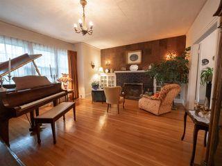 Photo 5: 9848 106 Street in Edmonton: Zone 12 House for sale : MLS®# E4174857