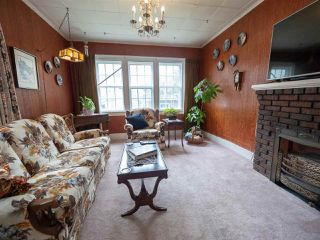 Photo 10: 9848 106 Street in Edmonton: Zone 12 House for sale : MLS®# E4174857