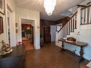 Photo 4: 9848 106 Street in Edmonton: Zone 12 House for sale : MLS®# E4174857