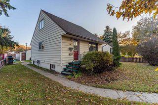 Photo 1:  in Edmonton: Zone 06 House for sale : MLS®# E4177374
