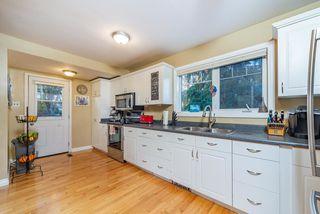 Photo 2:  in Edmonton: Zone 06 House for sale : MLS®# E4177374
