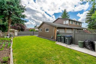 Photo 22: 15110 SPENSER Drive in Surrey: Bear Creek Green Timbers House for sale : MLS®# R2463752