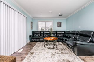 Photo 5: 15110 SPENSER Drive in Surrey: Bear Creek Green Timbers House for sale : MLS®# R2463752