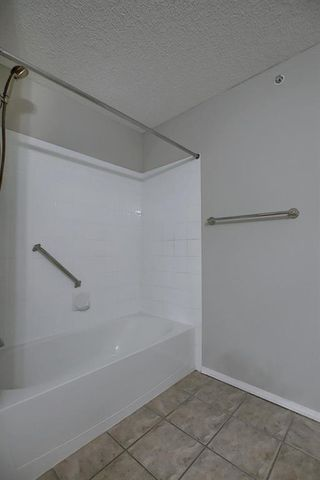 Photo 20: 405 5000 Somervale Court SW in Calgary: Somerset Apartment for sale : MLS®# A1023136