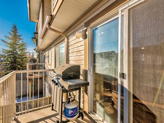 Photo 10: 122 Citadel Point NW in Calgary: Citadel Row/Townhouse for sale : MLS®# A1051699