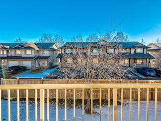 Photo 8: 122 Citadel Point NW in Calgary: Citadel Row/Townhouse for sale : MLS®# A1051699