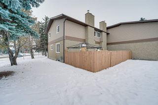 Main Photo: 17062 100 Street in Edmonton: Zone 27 Townhouse for sale : MLS®# E4226422