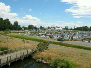 "Photo 8: 326 5600 ANDREWS RD in Richmond: Steveston South Condo for sale in ""LAGOONS"" : MLS®# V604338"