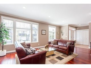"Photo 3: 30 33925 ARAKI Court in Mission: Mission BC House for sale in ""ABBEY MEADOWS"" : MLS®# R2410246"
