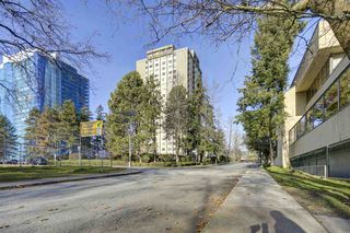 """Photo 20: 1106 9595 ERICKSON Drive in Burnaby: Sullivan Heights Condo for sale in """"Cameron Tower"""" (Burnaby North)  : MLS®# R2422614"""