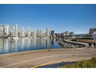 "Photo 20: 314 518 MOBERLY Road in Vancouver: False Creek Condo for sale in ""NEWPORT QUAY"" (Vancouver West)  : MLS®# R2437240"
