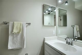 Photo 19: 18 23 GLAMIS Drive SW in Calgary: Glamorgan Row/Townhouse for sale : MLS®# C4293162