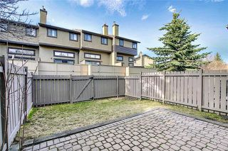 Photo 18: 18 23 GLAMIS Drive SW in Calgary: Glamorgan Row/Townhouse for sale : MLS®# C4293162