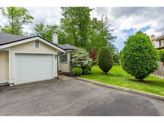 """Photo 21: 12 20761 TELEGRAPH Trail in Langley: Walnut Grove Townhouse for sale in """"Woodbridge"""" : MLS®# R2456523"""