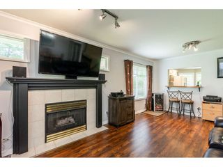 "Photo 10: 12 20761 TELEGRAPH Trail in Langley: Walnut Grove Townhouse for sale in ""Woodbridge"" : MLS®# R2456523"