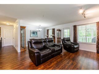 "Photo 8: 12 20761 TELEGRAPH Trail in Langley: Walnut Grove Townhouse for sale in ""Woodbridge"" : MLS®# R2456523"