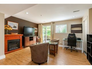 "Photo 14: 12 20761 TELEGRAPH Trail in Langley: Walnut Grove Townhouse for sale in ""Woodbridge"" : MLS®# R2456523"
