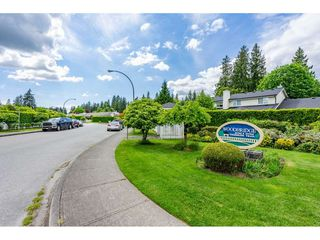 """Photo 2: 12 20761 TELEGRAPH Trail in Langley: Walnut Grove Townhouse for sale in """"Woodbridge"""" : MLS®# R2456523"""