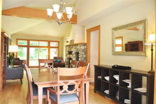 Photo 10: 229 MOONWINKS Drive: Bowen Island House for sale : MLS®# R2465957