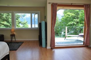 Photo 24: 229 MOONWINKS Drive: Bowen Island House for sale : MLS®# R2465957