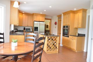 Photo 9: 229 MOONWINKS Drive: Bowen Island House for sale : MLS®# R2465957