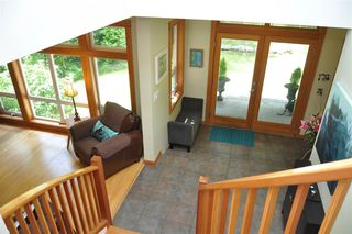 Photo 5: 229 MOONWINKS Drive: Bowen Island House for sale : MLS®# R2465957