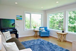 Photo 12: 229 MOONWINKS Drive: Bowen Island House for sale : MLS®# R2465957